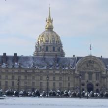 Hôtel national des Invalides sous la neige